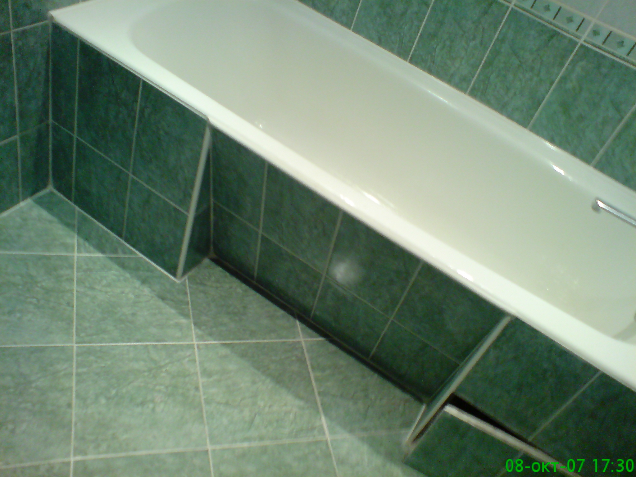 Экран под ванну своими руками из плитки